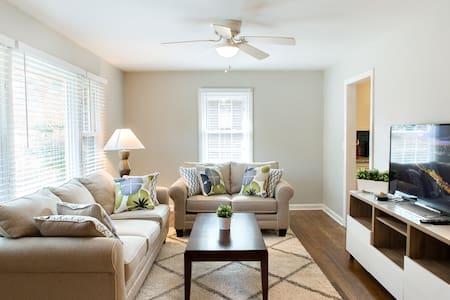 Beautiful Newly Renovated Home - Marietta