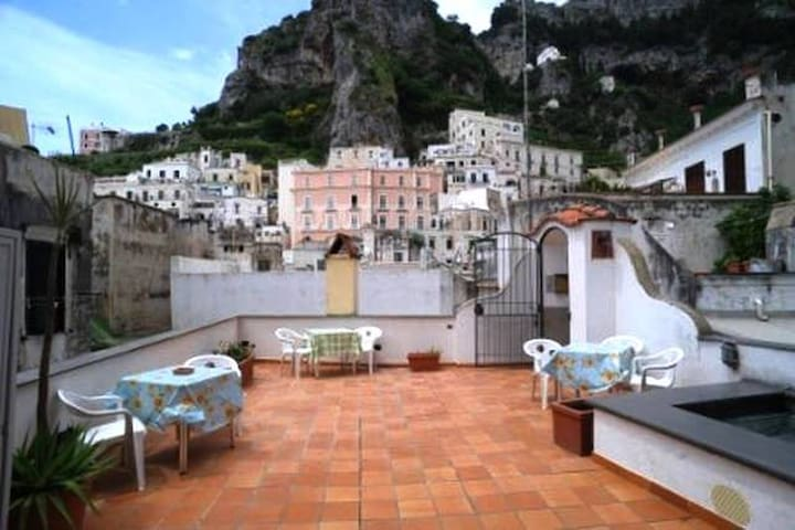 Iolanda - Cozy apt on the beach - Atrani - Huoneisto