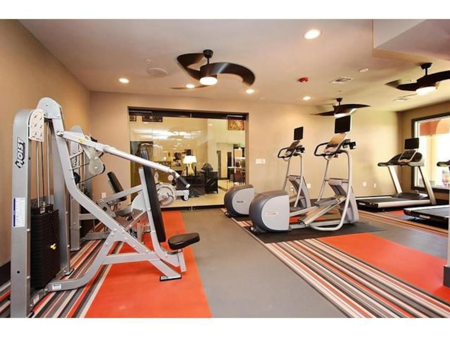 24/7 fitness center, the property recently upgraded and added some equipment!