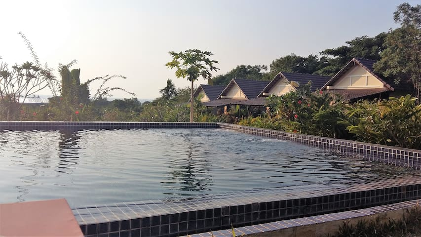 Atmaland Resort Penthouse Suite - Kep - Wohnung