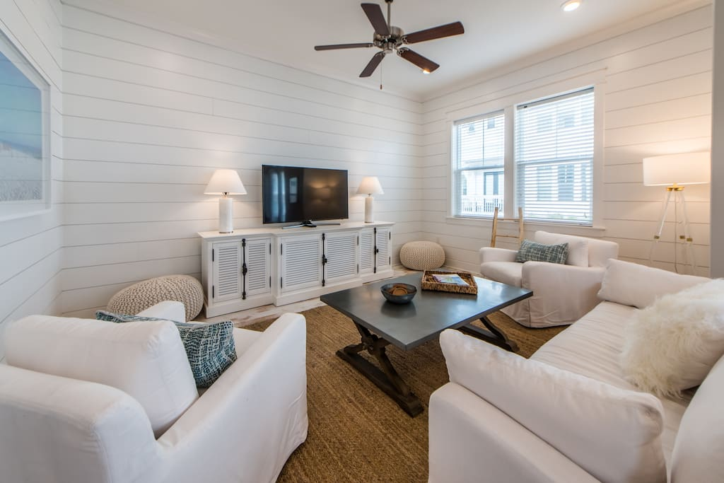 Living Room with Shiplap Walls!