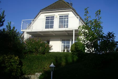 Holiday home on the Baltic Schlei n - Boren - Casa