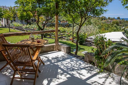 Bright apartment with sea view in Forio d'Ischia