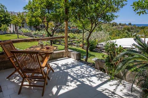 Lys leilighet med sjøutsikt i Forio d 'Ischia