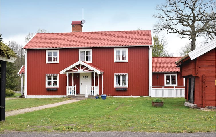 Holiday cottage with 3 bedrooms on 195m² in Nybro