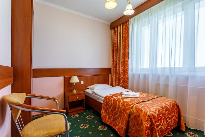 Комната около парка Царицыно