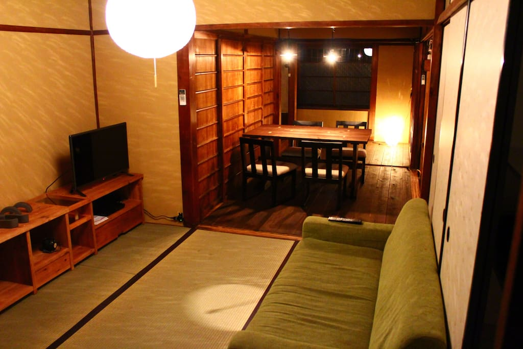 Living room with TV andDVD player.