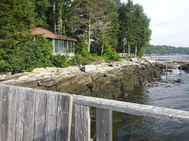 Waterfront Maine Cottage - Westport  - Casa