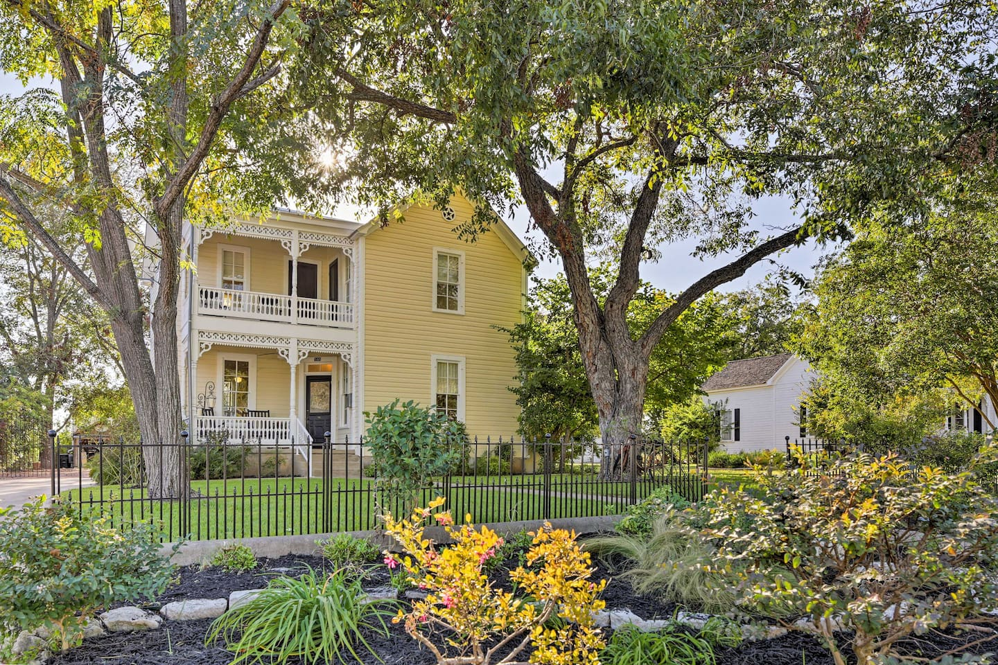 This charming 4-bed, 3-bath vacation rental house is neslted in Fredericksburg!