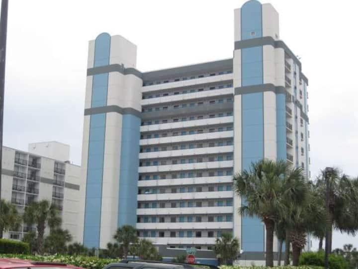 Beautiful Oceanfront Suite 1BR/1BA!!!! Unit 736