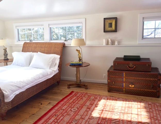 A chic country home perfect for weekend getaways! - Litchfield - Hus