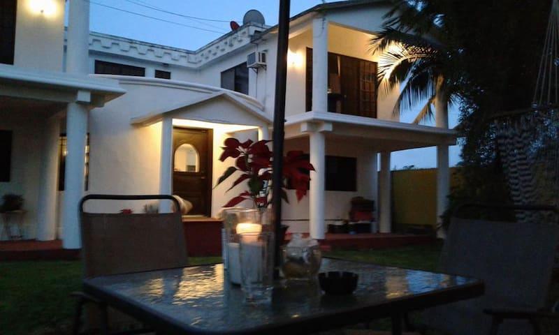 Habitación  # 1 en Casa Framboyanes Cancun