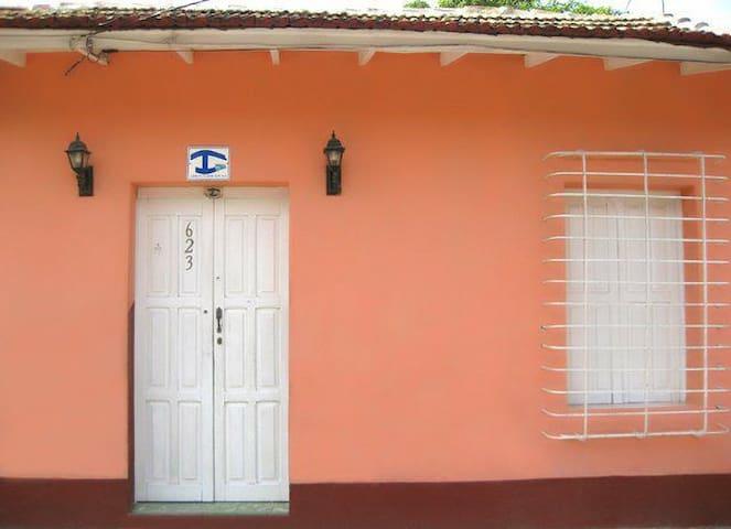 Hostal Celida y Pito - Trinidad - Rumah