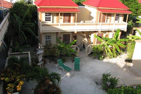Marin's Guesthouse Sun, Gecko Units - Caye Caulker - Flat