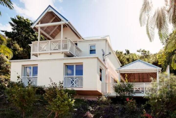 Wellsprings Garden Suite by pretty beach *goldseal