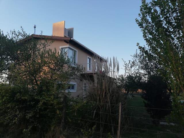 Casa en Solar de los Reartes.