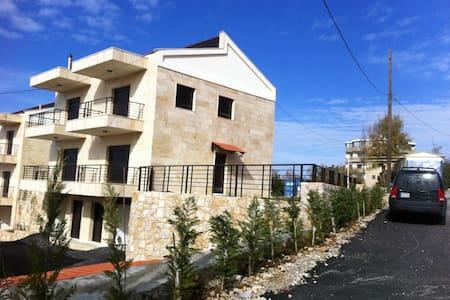 Town House in Mechmech, Jbeil - Lebanon - Jbeil