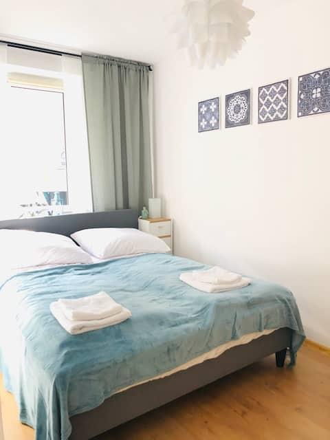 Legnica, Apartament 36m2 ul. Rynek 36 M&M Delux 3