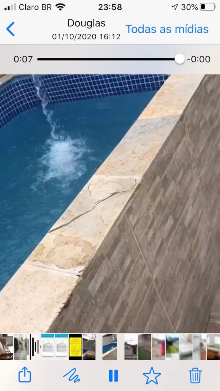 Casa com piscina próxima praia e cachoeira😍😍
