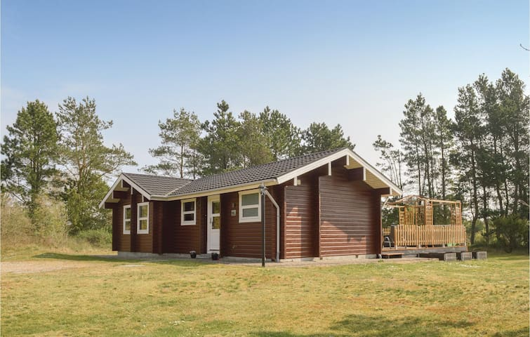 Holiday cottage with 3 bedrooms on 77m² in Sæby