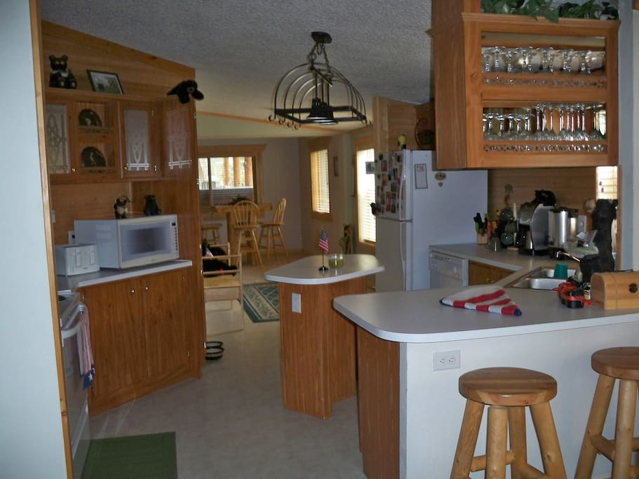 Great Kitchen with Full Use Pantry