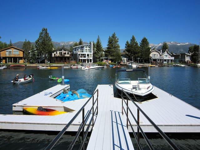 TAHOE-DOCK-HOT TUB-POOL TABLE-WIFI - Eteläinen Lake Tahoe - Talo