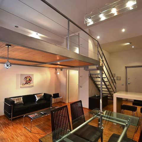 Best central and reserved Loft. Top in town!