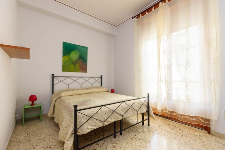 "ROOM TRAPANI  ""D32"""