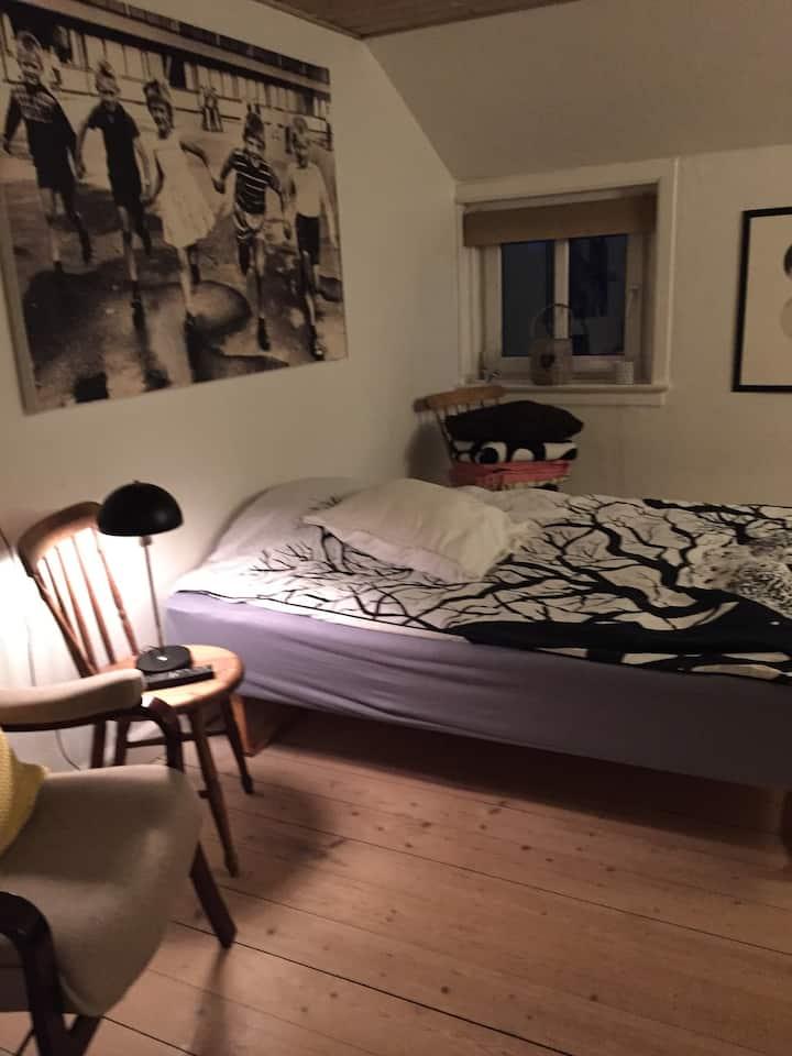 Retro lejlighed  i  Kibæk.