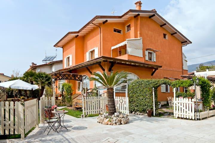 VillaGelsomino - Versilia - Tuscany