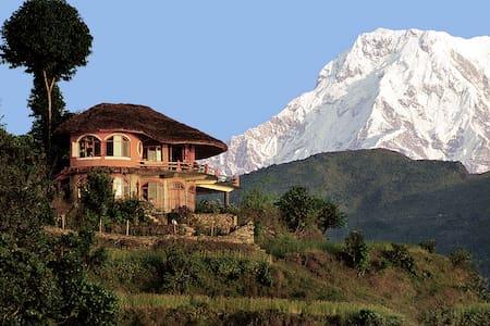 Anadu House - Похара