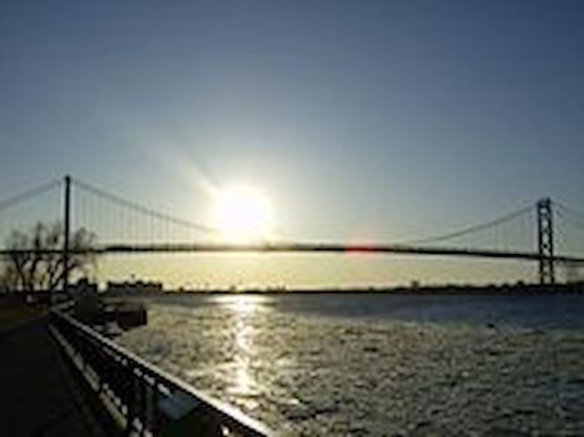 Riverside Area