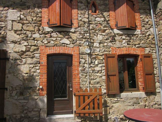 Maison en pierre - Saint-Georges-Lagricol - House