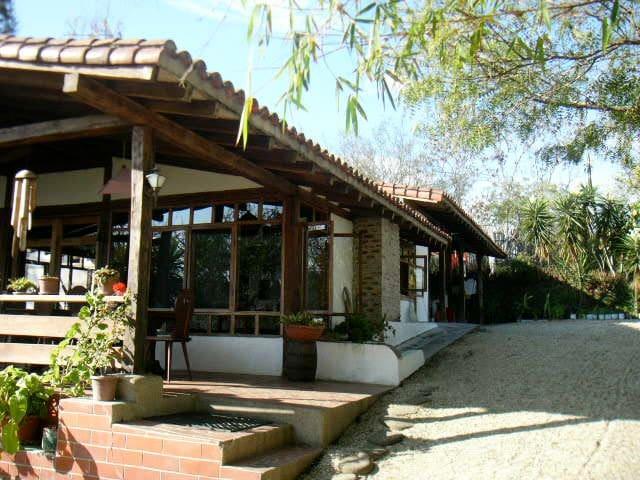 La Casa de Curia Ocean view House - Montanita - Rumah