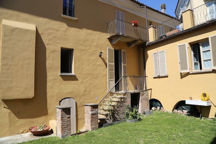 casa prandi - Neive Borgo Vecchio - Neive  - บ้าน