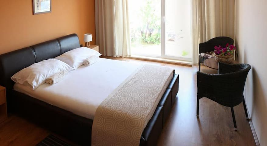 Revelin Guest House, Pag - Family (4+2 / 2 rooms)