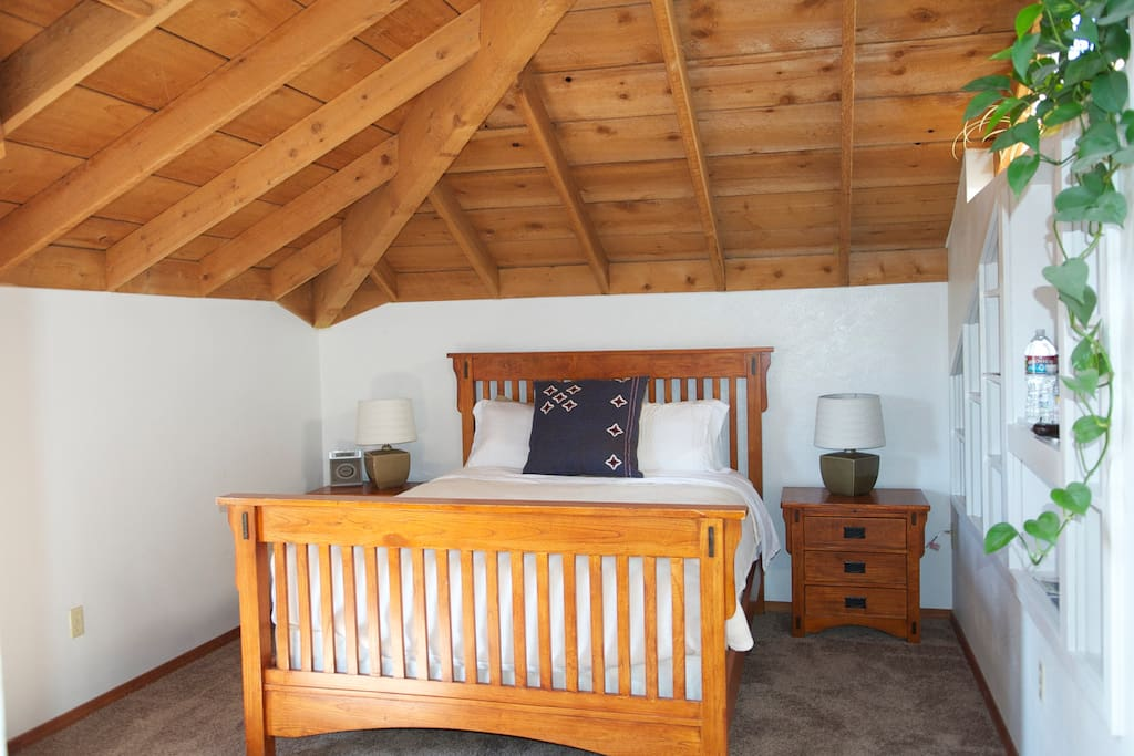 Goldilocks Suite has queen sized memory foam mattress and private bath with jetted tub, separate shower and double vanities.