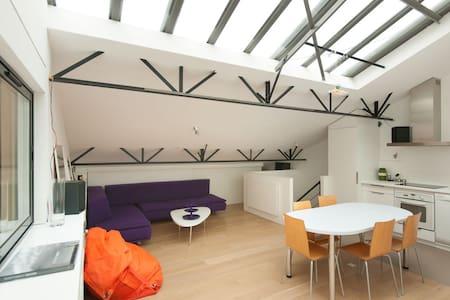 3 BR Loft, quiet clear and design - Paris