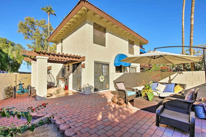 Townhome w/Patio: < 1Mi to South Mtn Hiking Trails