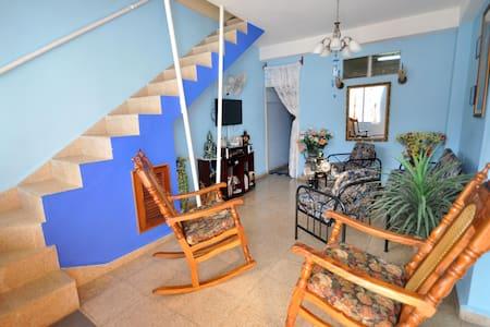 Casa Yamira