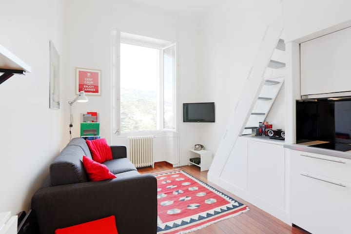 Modern & cosy studio @ Cannes city centre