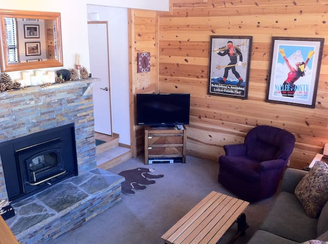 Cozy/Clean Condo w/wifi  Spring Skiing! - Mammoth Lakes