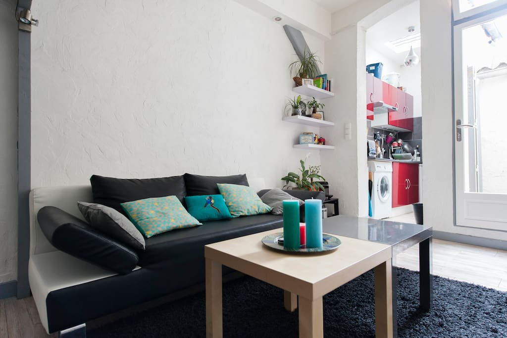 Cozy appart next canal saint martin appartements louer for Location appart meuble paris
