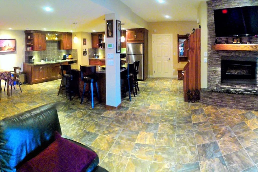Independent guest suite