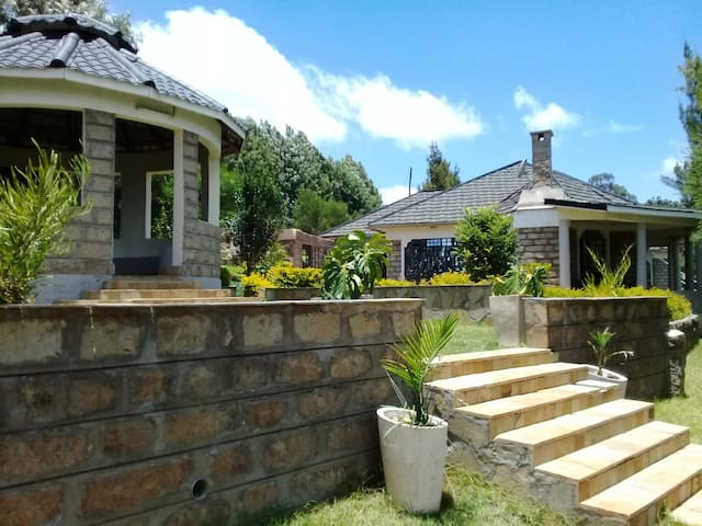 Mua House - Machakos