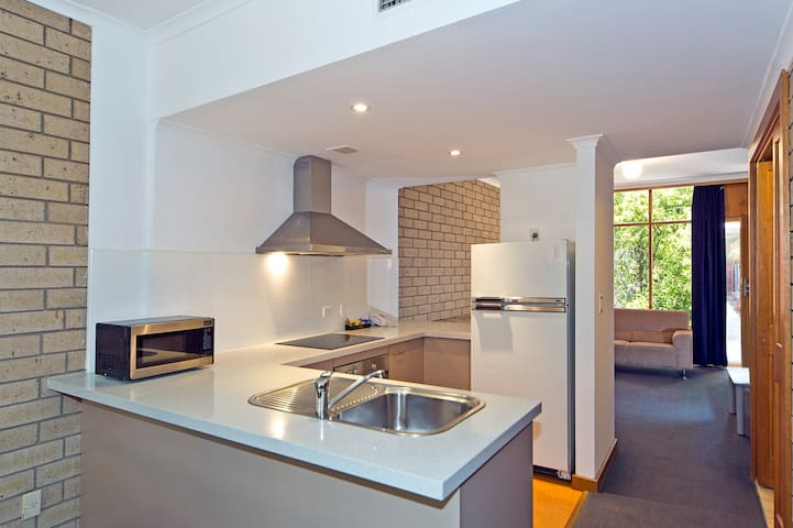 2 Bedroom Townhouse in Prospect - Prospect - Appartement