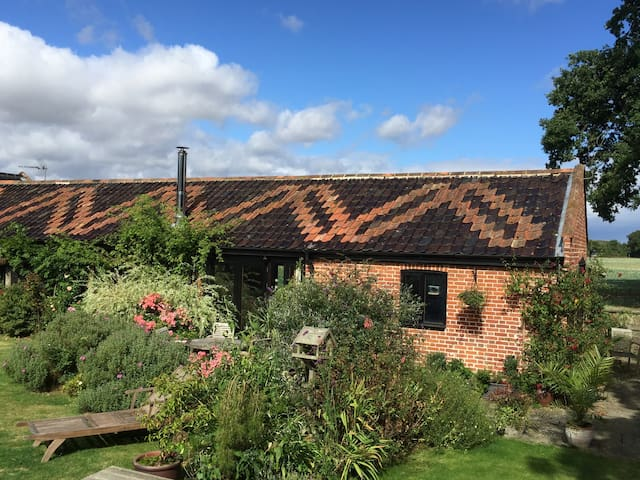 Hollow Hill Barn - Ditchingham - House