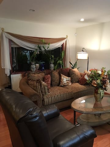 2 BED ROOM APT. IN A PRIVATE HOUSE