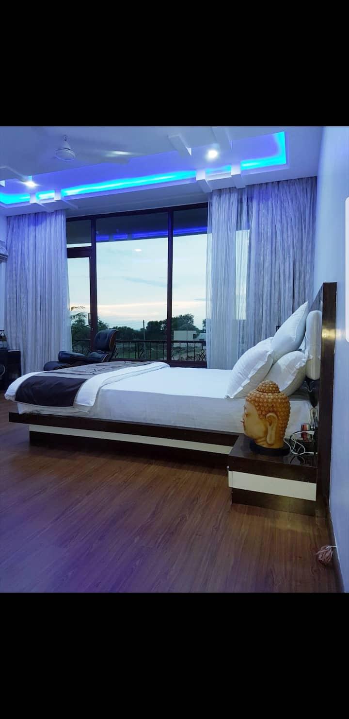 Zest Damodar Garh - The Super Luxury Home Stay