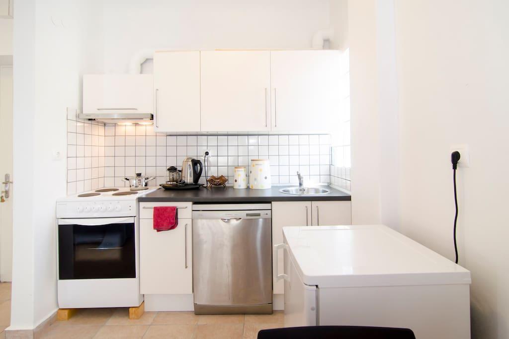 Front, flat kitchen